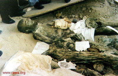 Notorious Big Dead Body Pictures http://txtca.in/notorious-big-dead-body.html