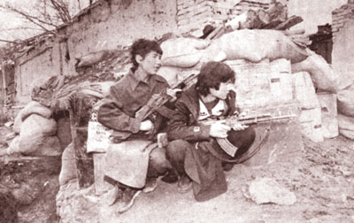 Hezb-e-Wahdat sends young refugees to war fronts, 1999