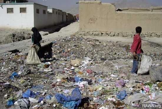 RAWA photo: Kabul in gap of poverty and destitution