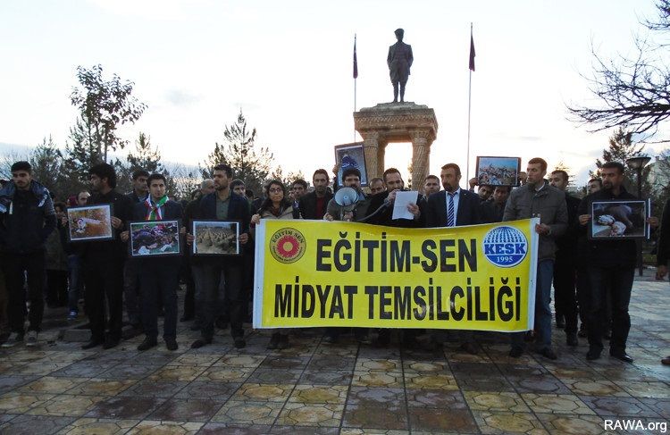 Sit-in staged in Midyat of Mardin province to mark the anniversary Halebja Massacre