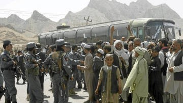 afghans_protest_bus_killings.jpg