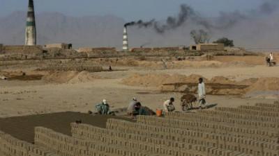 Bonded labor i brick kilns in Kabul Afghanistan
