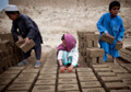 Afghan child labor fears grow as aid dries up