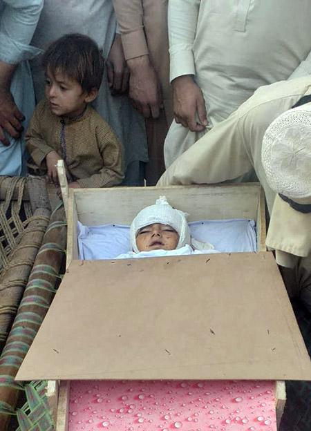 child killd in bomb blast in Nangarhar