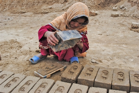 Children help make 600-750 bricks a day