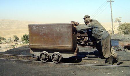 Karkar Coal Mine workers