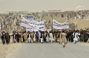 People in Kabul protest against land-grabbing
