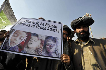 Pakistani tribesmen protest against US drone attacks in the Pakistani tribal region