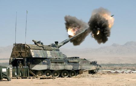 ISAF fires artillery in Afghanistan