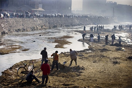 Kabul's main river has become increasingly polluted over the last few years, and it is currently being dredged