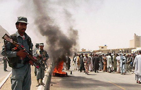 protest_afghans_killed_us_bus.jpg