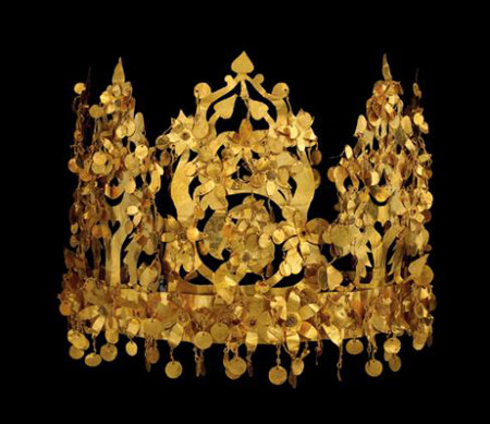 Solid gold crown in Afghanistan