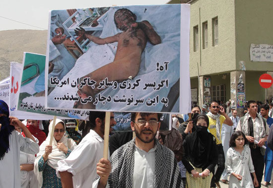 The Solidarity Party of Afghanistan organized a protest against the recent killing of 52 civilians in Helmand