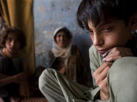 Afghan child opium addict